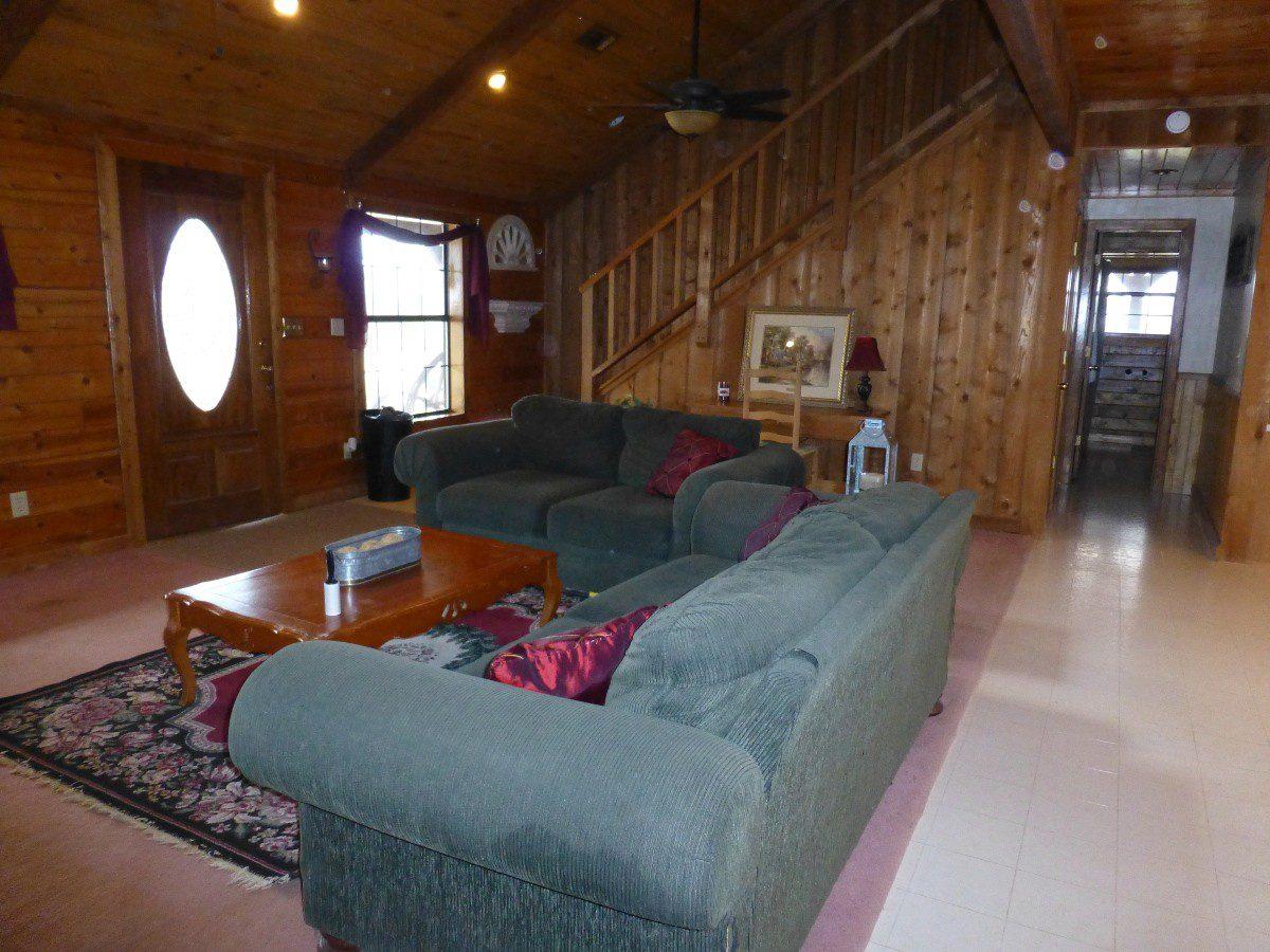 8-living-room-2