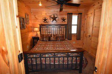 northern-exposure-cabin-10