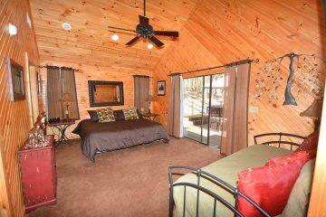 northern-exposure-cabin-14