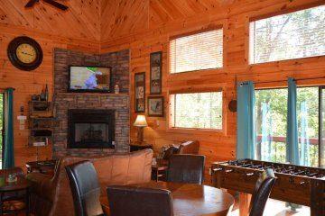 northern-exposure-cabin-22