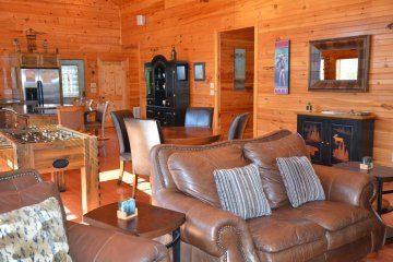 northern-exposure-cabin-28