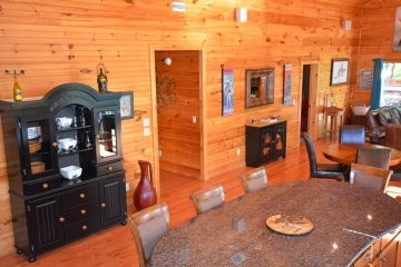 northern-exposure-cabin-31