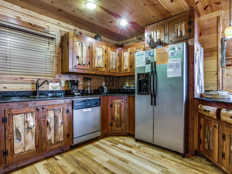 5-stargazer-940×705-kitchen2