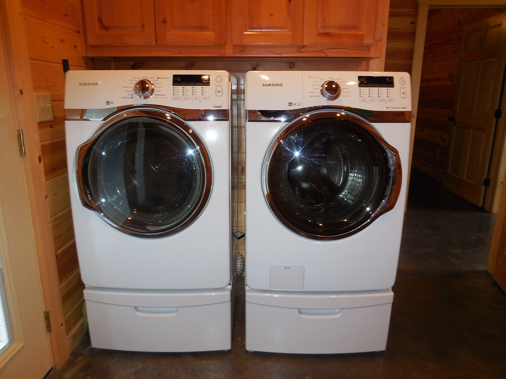 incommunicado-washer-dryer-xl