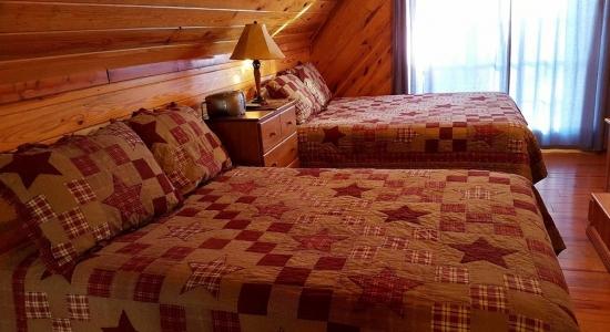 silverfox-cabin-in-broken-bow-oklahoma-15-2400×12862
