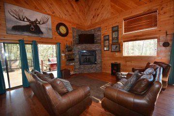 northern-exposure-cabin-02