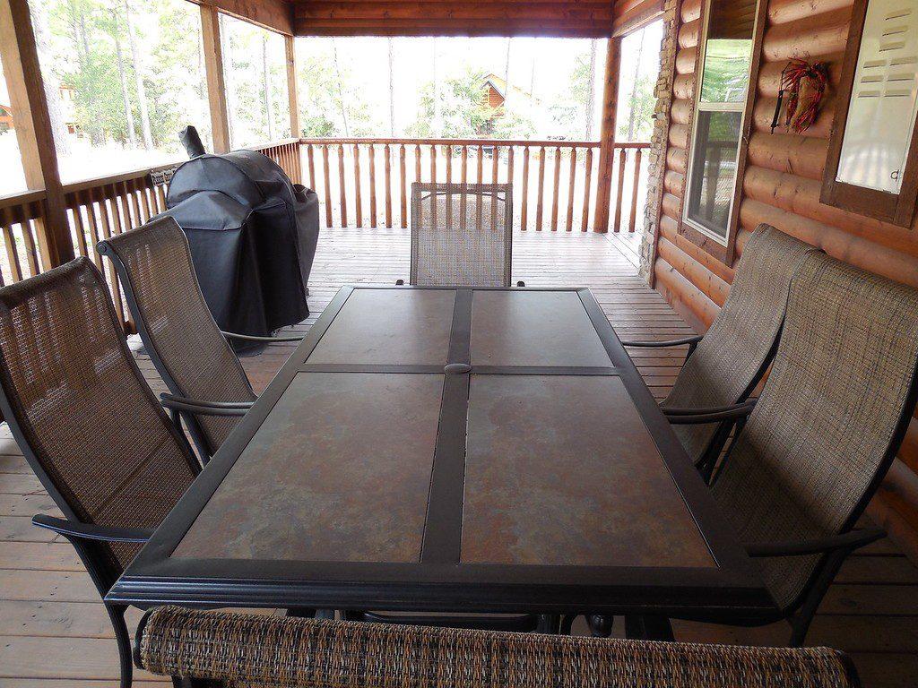 incommunicado-deck-dining-set-xl